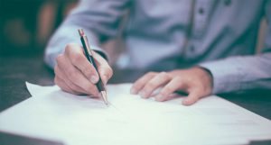 Contract review services from Contracts4You